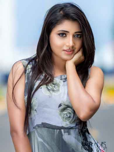 Actress Adhiti New Photo Shoot Images